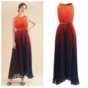 Chicwish Gradient Pleated Maxi Dress